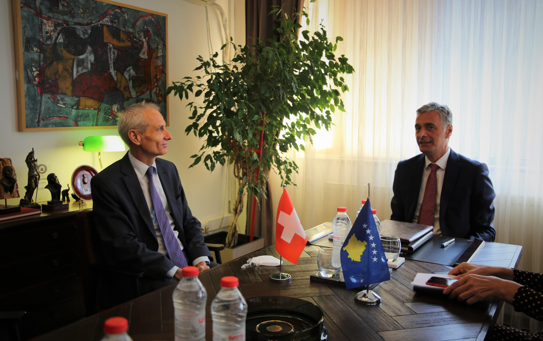 Chief State Prosecutor Aleksandër Lumezi received the new Ambassador of Switzerland, Thomas Kolly