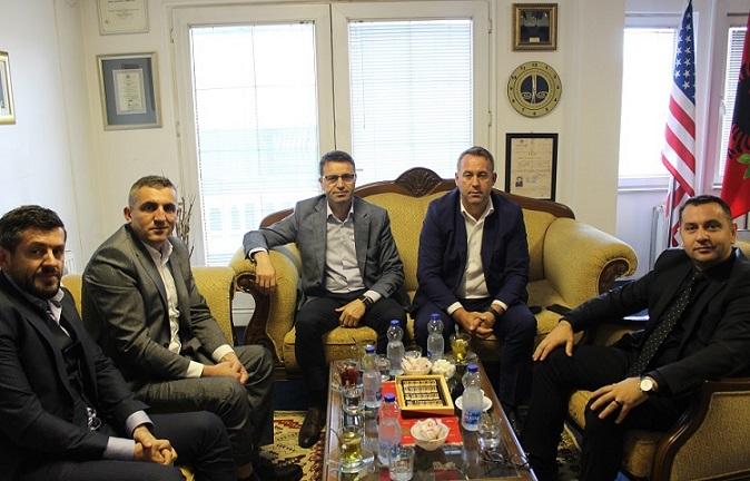 Kryesuesi Hyseni vizitoi Odën e Avokatëve të Kosovës