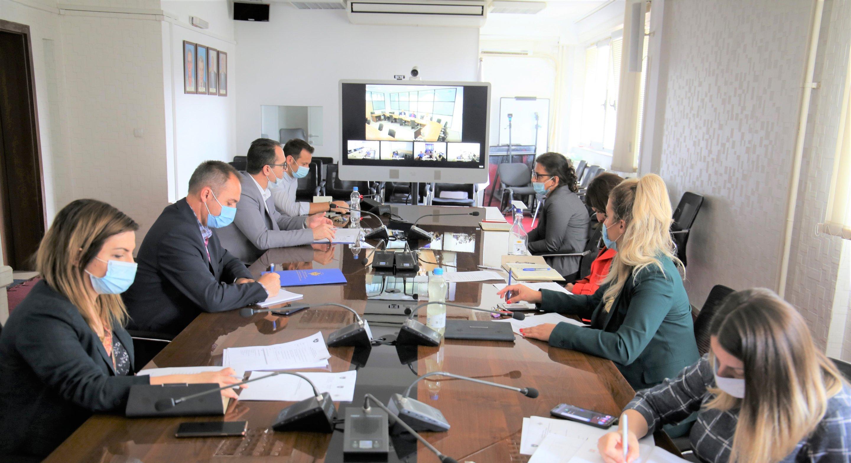 Drejtori Krasniqi përmes videokonferencës ka mbajtur takim me administratorët e prokurorive