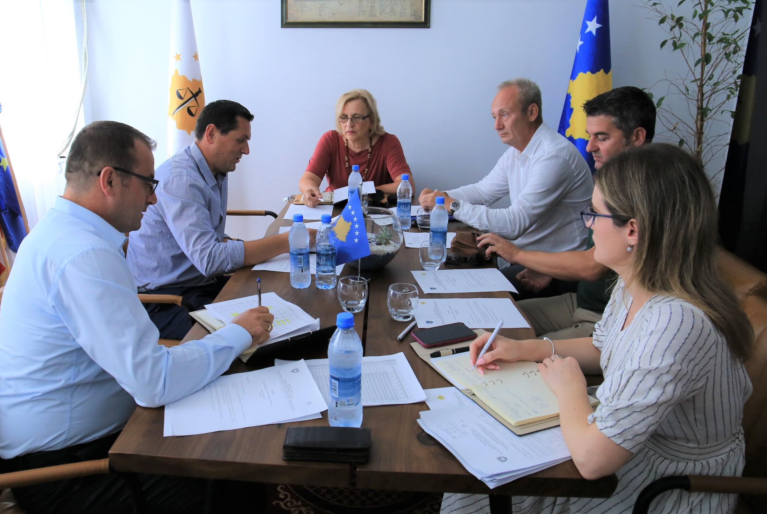 Komisioni për Administrimin e Prokurorive zhvilloi takimin e radhës
