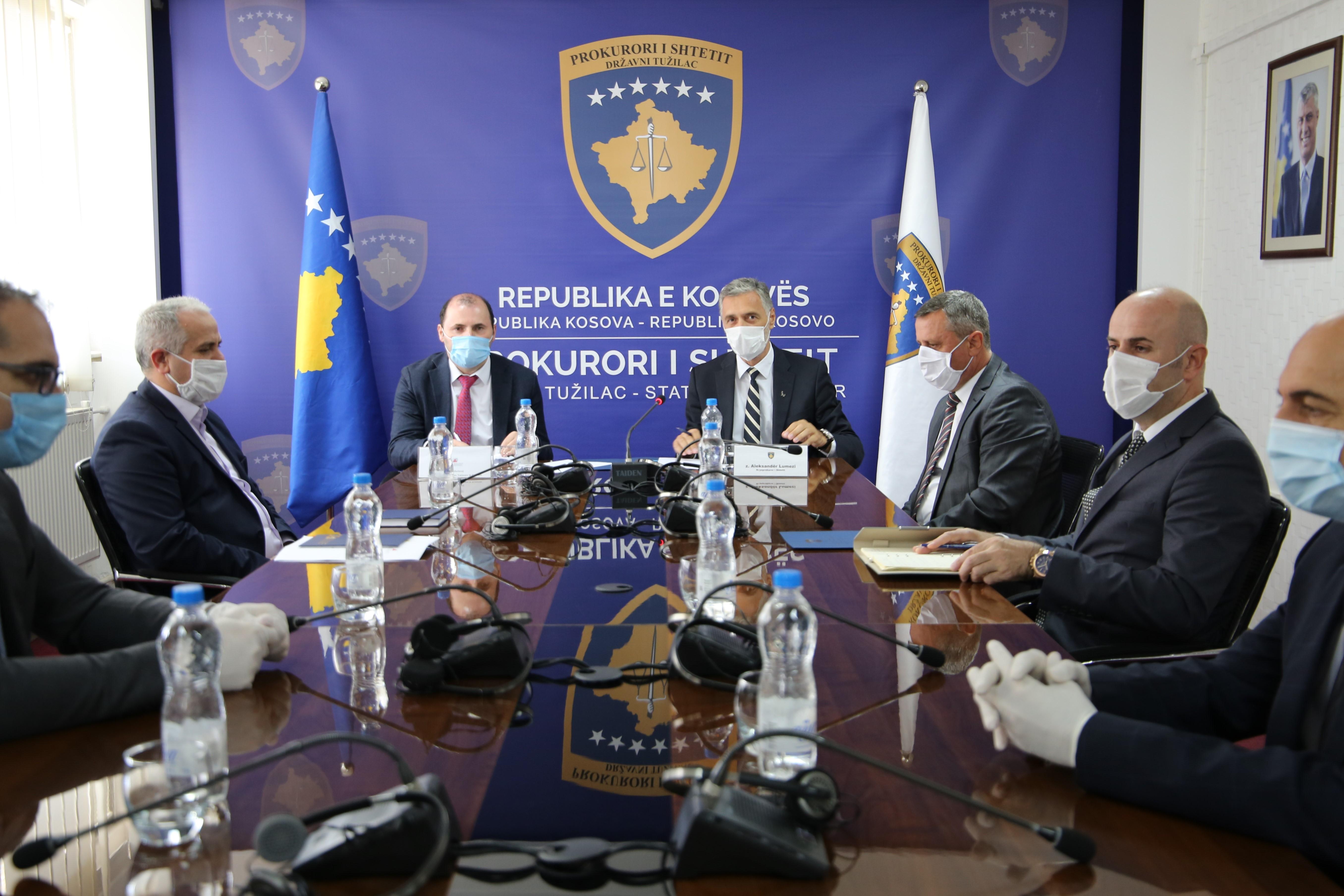 Prokurori i Shtetit dhe Administrata Tatimore e Kosovës nënshkruajnë memorandum bashkëpunimi