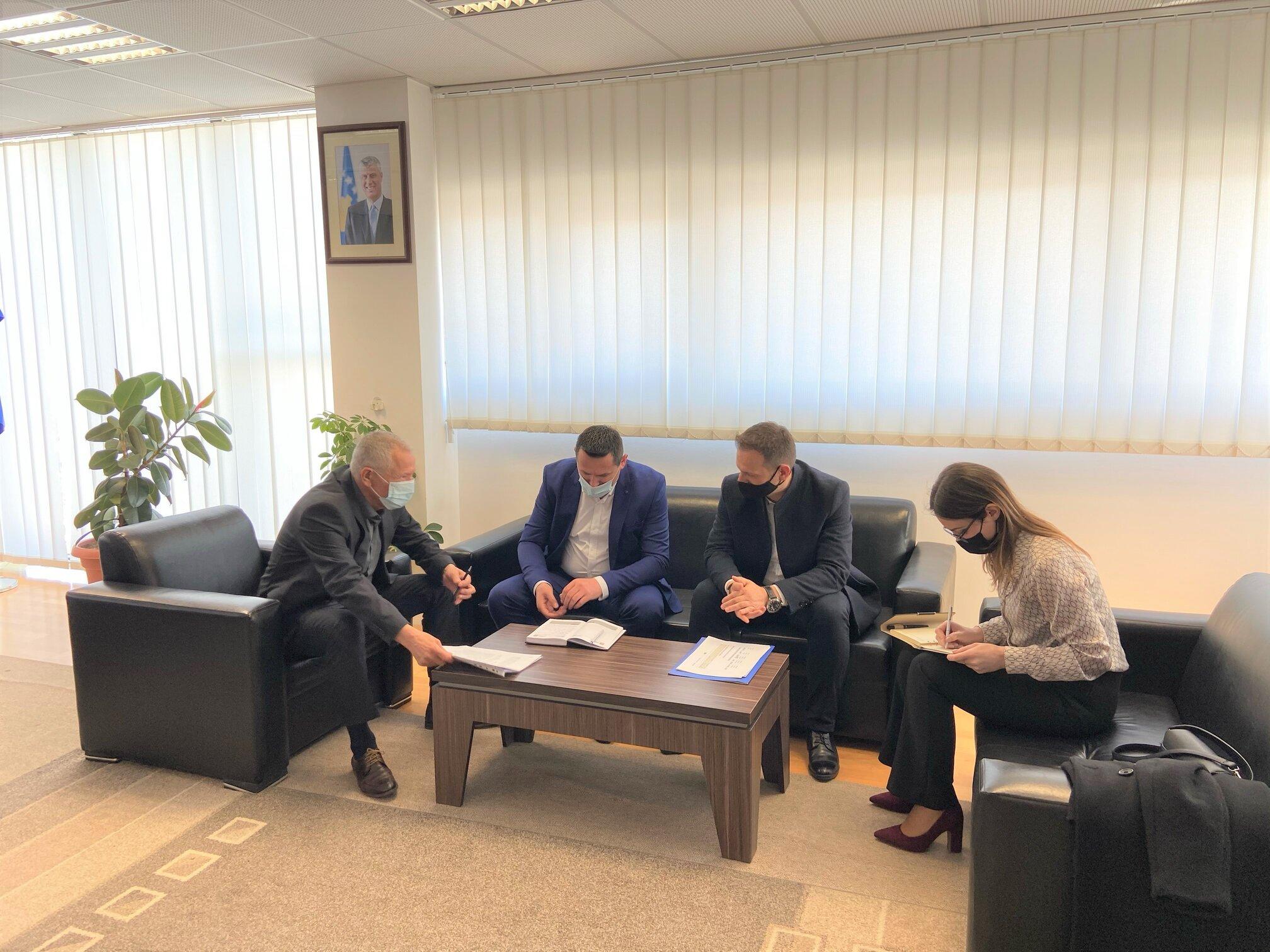 Regjistrat manualë, temë diskutimi e Zëvendëskryesuesit të KPK-së me Kryeprokurorin e Ferizajt