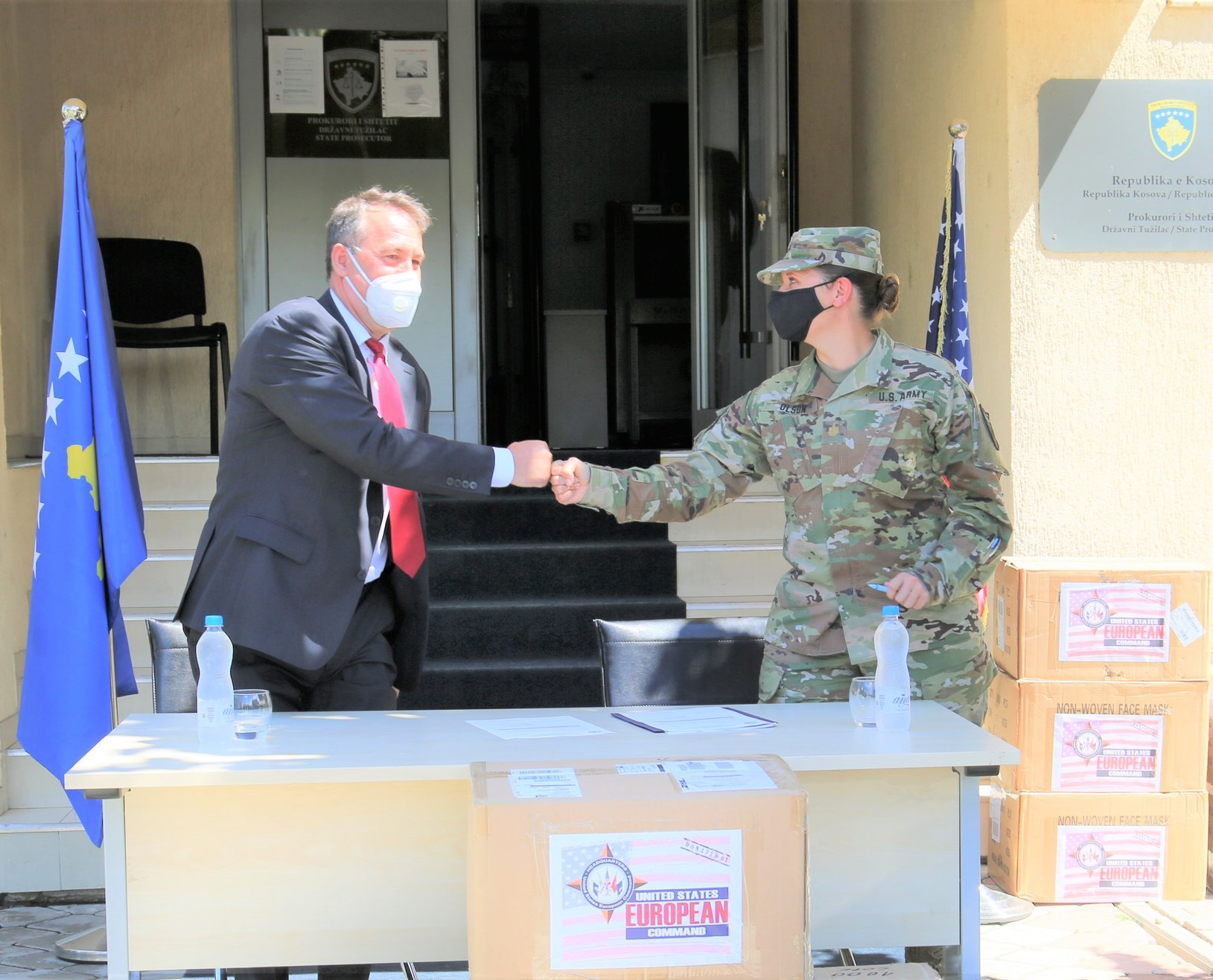 Humanitarian Aid Program of the United States European Military Command gives to KPC a donation of protective equipment against Covid-19